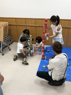 25_180805_can-pile-tower