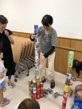26_180805_can-pile-tower