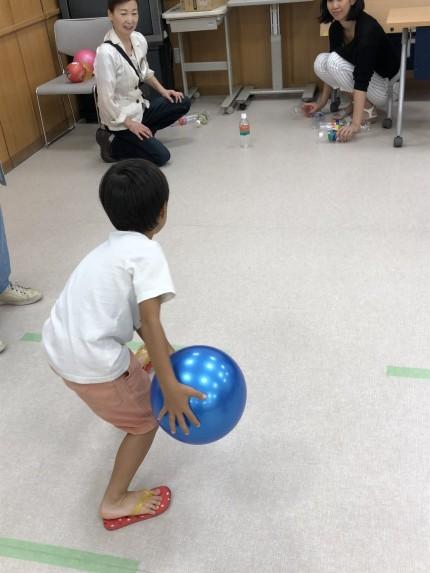 16_180805_bowling
