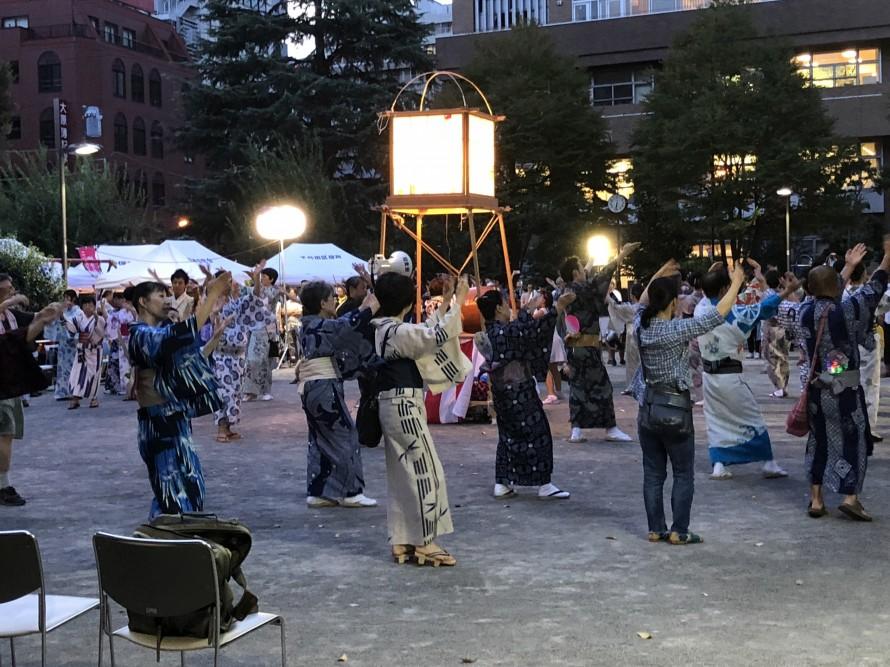 2.-Nishi-Kanda-Bon-Dance